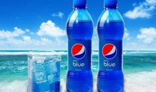 同样是可乐,这种蓝色可乐就这么贵?