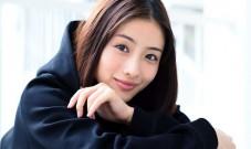 主演同名小说改编《秘密结晶》 石原聪美:舞台剧很有趣