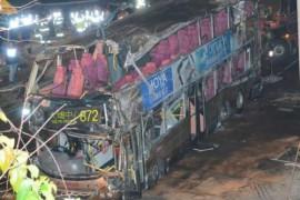 【九巴翻侧】19死9人仍命危 巴士拖走道路解封