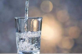 清晨起床第一杯,到底喝什么水?不少人都弄错了