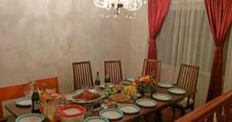 """华人的感恩节餐桌也很""""美式"""""""