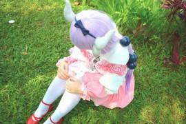 动漫中白丝袜很常见,现实中却很少人穿,coser妹子说出2个原因