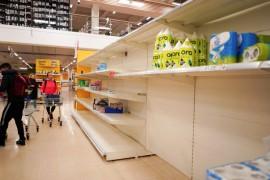疫情期间,英国超市哪些商品最先被抢购一空?