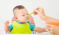 """宝宝生病时,怎么吃才能不""""雪上加霜""""?"""