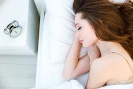 女生坚持裸睡有4大好处,尝试过后每天都想裸睡,别害羞!