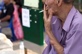 止咳药复方甘草片,为什么现在很难买到?副作用太多了,谨慎服用