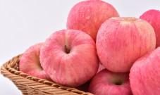 晚上吃苹果会伤胃吗?医生建议:到晚上,这4种食物尽量不要吃