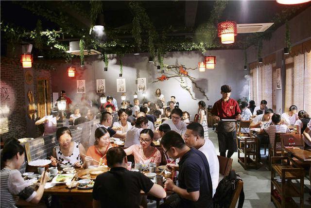 50年代,火锅一度消失在重庆人的饮食记忆里,为何能在三四十年间大流行? 饮食文化 第1张