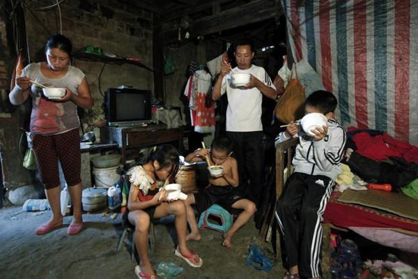 """月入5000打败80%的中国人?拼多多崛起的背后:是""""穷人""""的辛酸 消费与科技 第6张"""