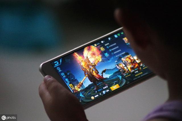 手机运行内存6GB和8GB的区别,买手机擦亮双眼,别再被导购套路了 消费与科技 第3张