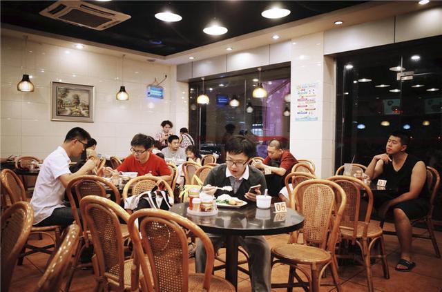 广州人为什么那么晚才睡觉?外出宵夜是很多人的答案 饮食文化 第7张