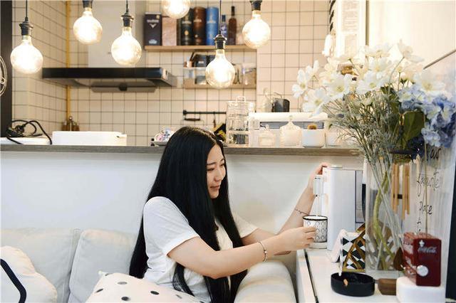 桌面饮水机、养生壶、自动炒菜机、化妆品冰箱……小家电是否噱头大于实用? 消费与科技 第1张
