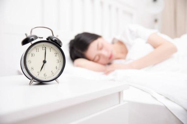 """""""早睡早起""""和""""晚睡晚起""""相比,哪种人更长寿? 健康养生 第2张"""