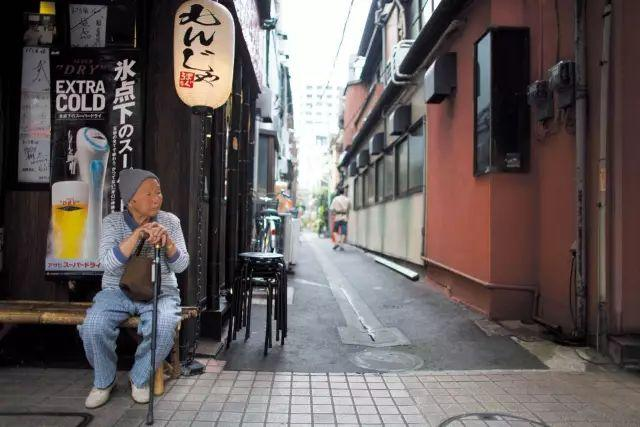 """日本进入""""无欲望社会"""":不恋爱不结婚不生子,无房无车无性生活 情感天地 第10张"""