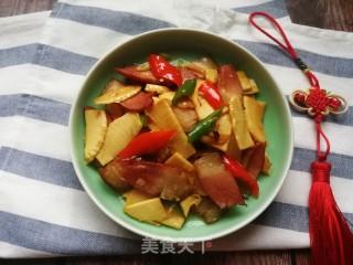 冬笋炒腊肉的做法步骤 家常菜谱 第13张