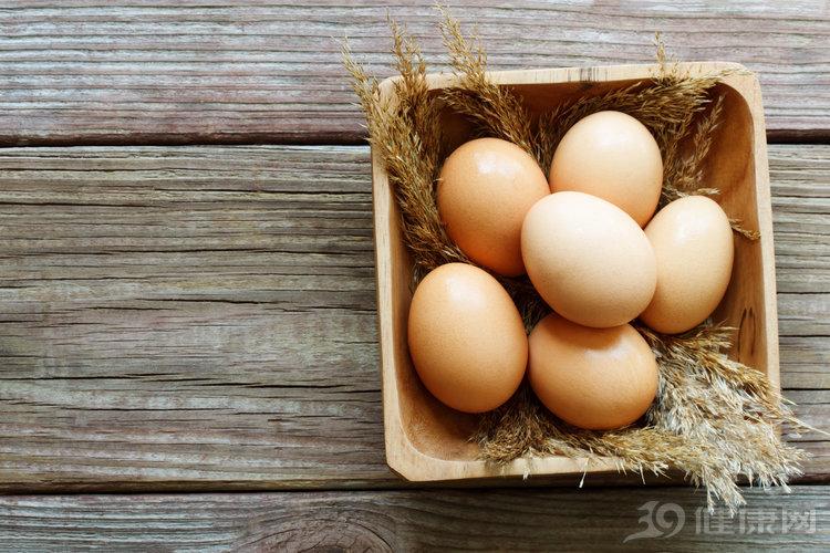 每天1个鸡蛋,对身体是好是坏?这2个误区要避免,很多人吃错了 健康养生 第1张