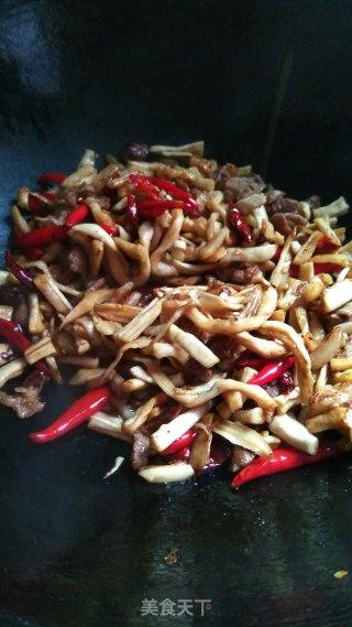五花肉炒干萝卜条的做法步骤 家常菜谱 第9张