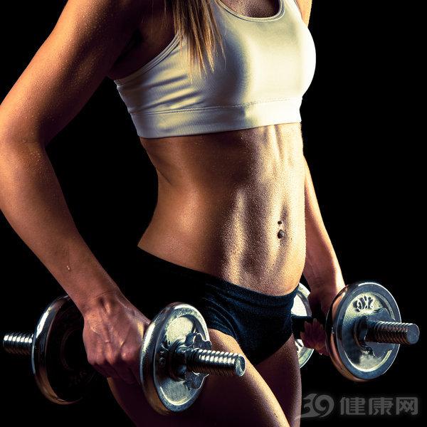 这么练深蹲,能光速提高你的腿部力量!还能减小肚腩 家庭生活