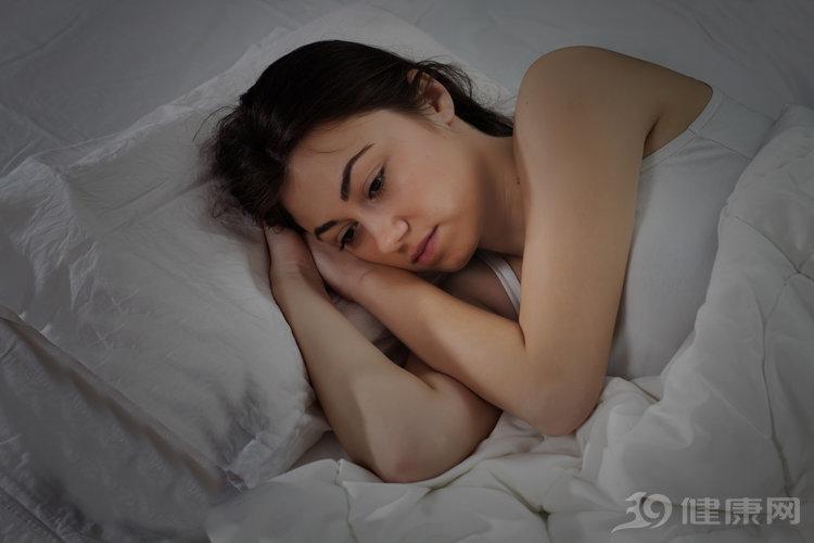 """如果睡觉时有3个习惯,对不起,这属于""""垃圾睡眠""""! 健康养生 第1张"""