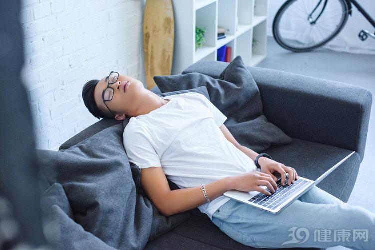 """如果睡觉时有3个习惯,对不起,这属于""""垃圾睡眠""""! 健康养生 第3张"""