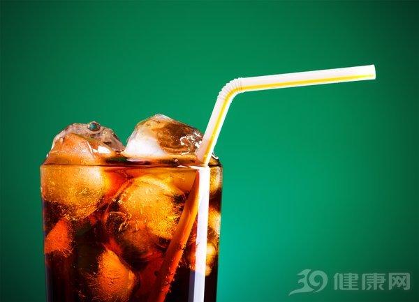 研究发现,男人最爱喝汽水!含糖汽水有害健康的原因你知道吗 生活与健康