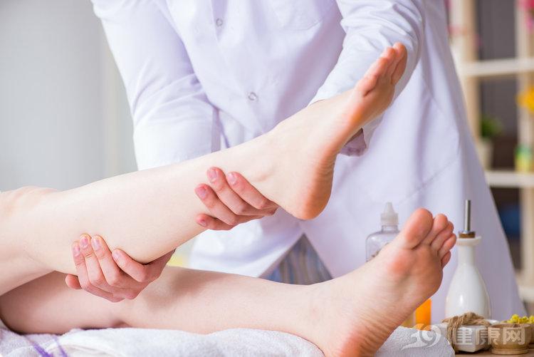 人老腿先衰:腿部出现这4个信号,是衰老的征兆 生活与健康 第3张