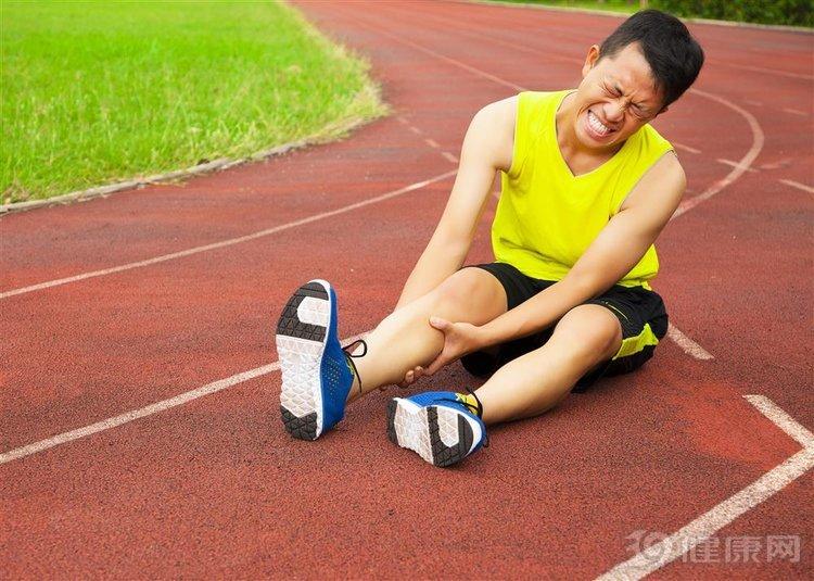 人老腿先衰:腿部出现这4个信号,是衰老的征兆 生活与健康 第5张