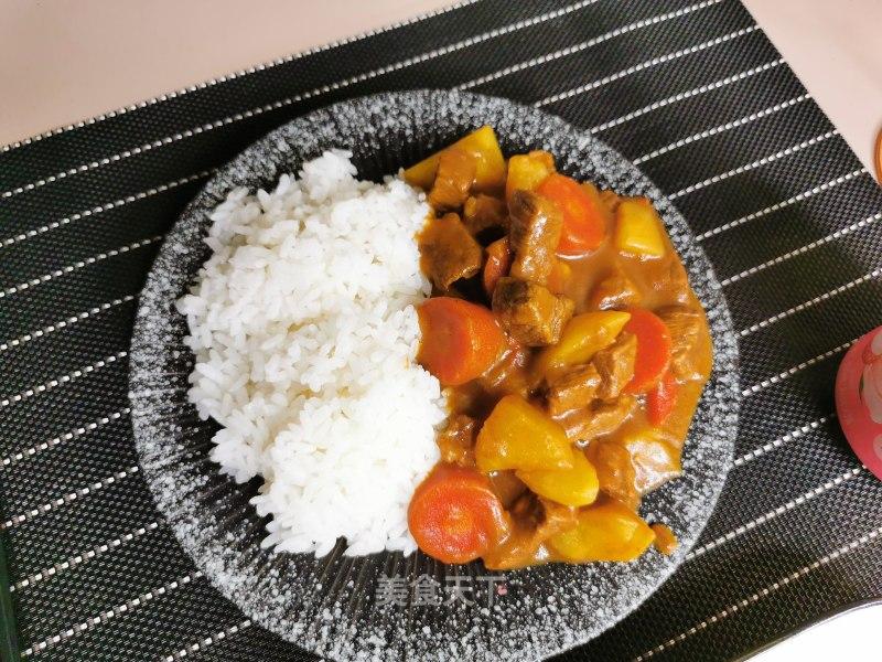 牛肉咖喱饭的做法步骤 家常菜谱 第1张