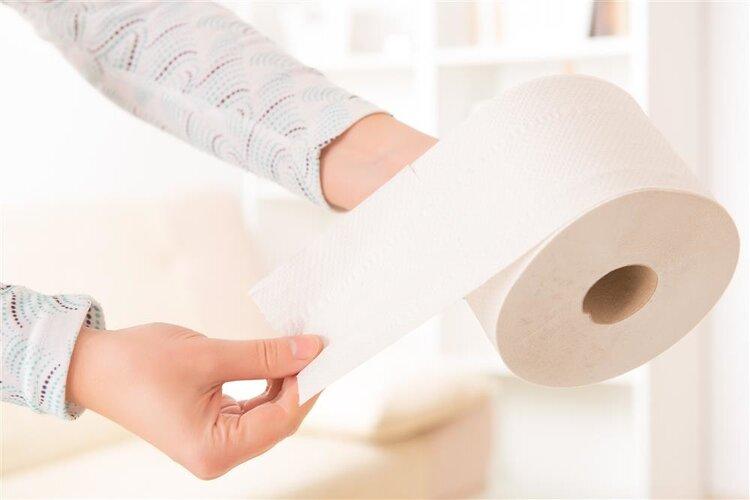 女人小便后,到底要不要用纸擦试?别纠结,现在告诉你该怎么做 生活与健康 第2张