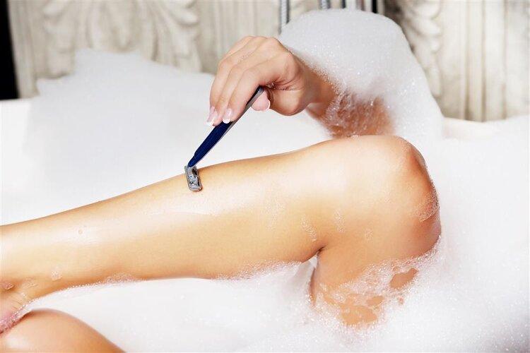 女性下面的毛发多,是好事还是坏事?要不要刮掉一些? 生活与健康 第2张