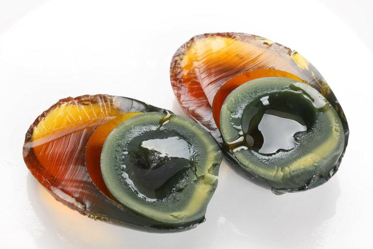 经常吃皮蛋对身体是好是坏?医生提醒:这4类人不适合多吃 饮食文化 第1张