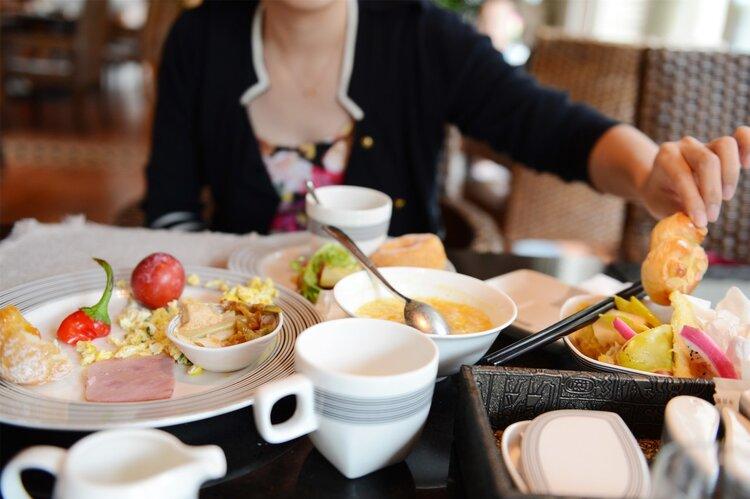 早餐决定你的寿命:早上再饿,也别选3种食物作早餐 饮食文化 第1张