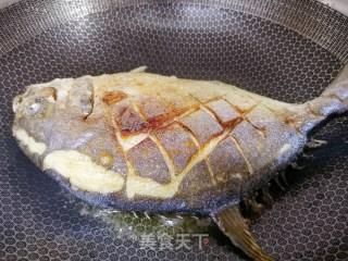 红烧平鱼的做法步骤 家常菜谱 第6张