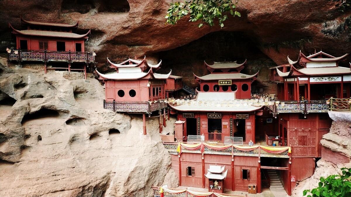 福建甘露岩寺:只靠一根柱子支撑900年,整个建筑都没一颗铁钉 旅游资讯 第5张