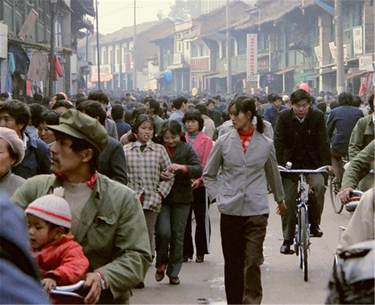 老照片:1984年的昆明,小锅米线是昆明人的最爱 无忧杂谈 第9张
