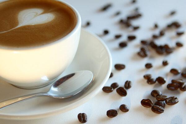 新研究:喝咖啡能降低前列腺癌风险!争议不断的咖啡,到底有啥好? 饮食文化 第2张