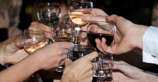 熬夜、喝酒、聚餐......过年伤不起!医生分享过年保健秘诀 饮食文化 第3张