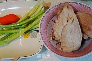 凉拌鸡丝的做法步骤 家常菜谱 第3张
