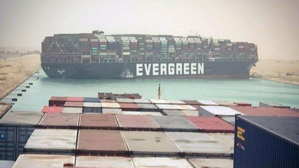 """苏伊士大塞船:非洲这阵风 每天刮走近百亿美元 引发全球""""蝴蝶效应"""" 大千世界 第1张"""
