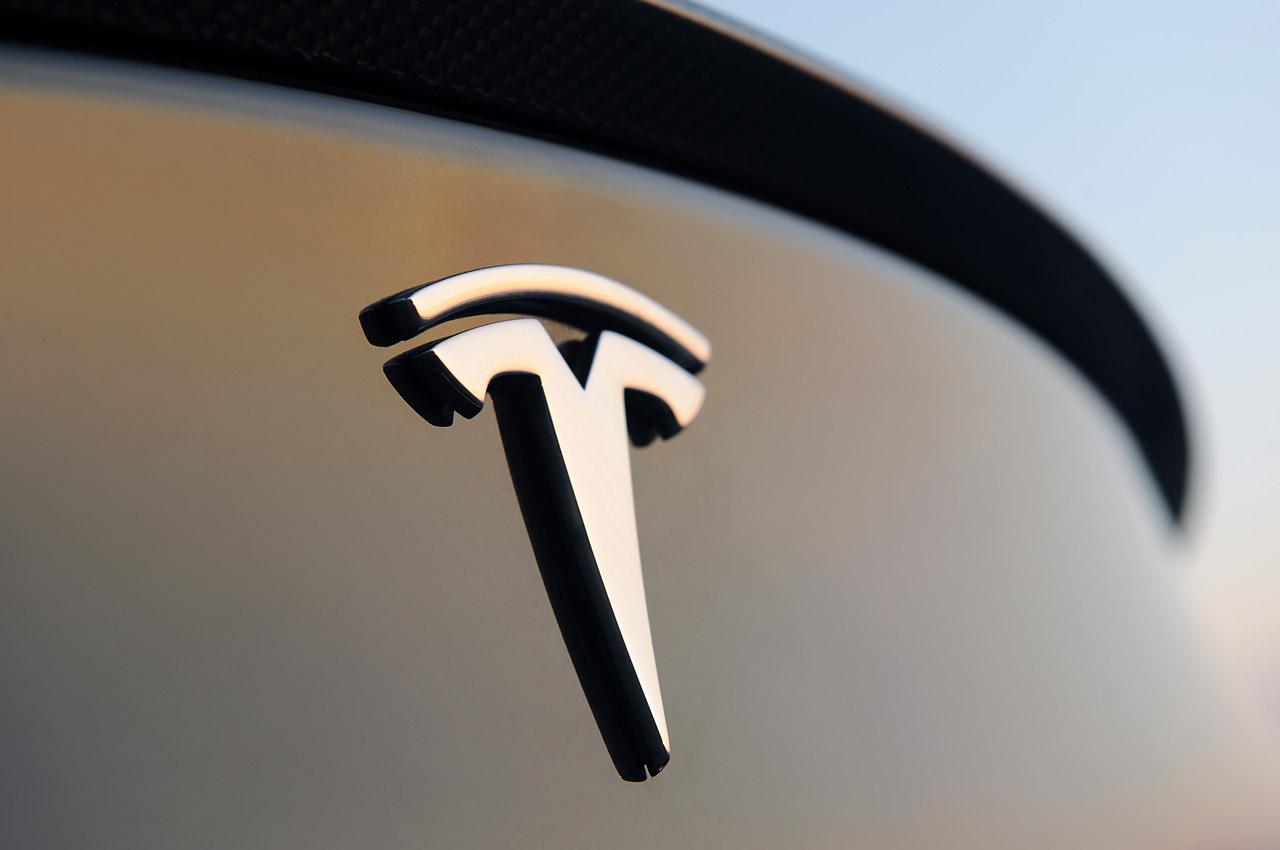 十亿利润的特斯拉:卖碳赚3亿、炒币亏2300万,车主隐私究竟归谁   行业参考 第1张