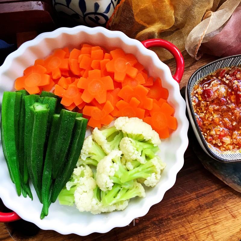 蘸汁三色蔬菜的做法步骤 家常菜谱 第1张