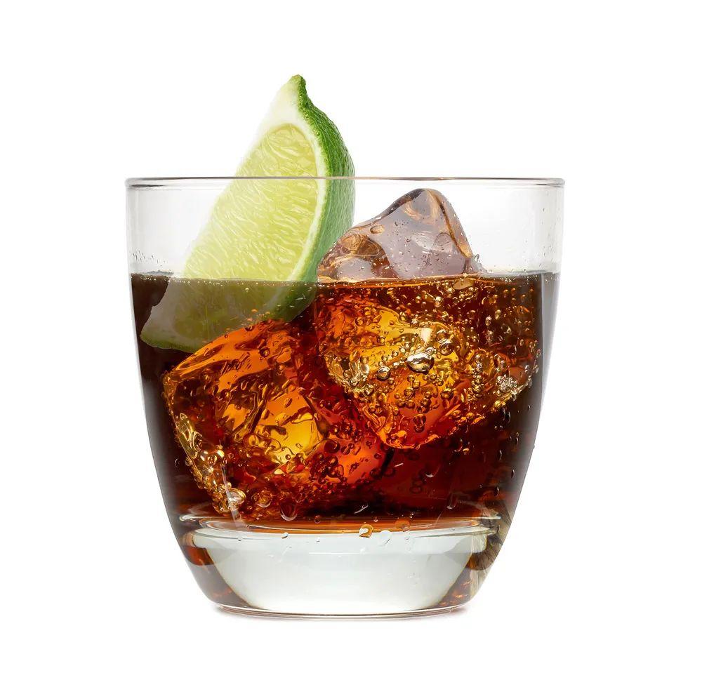 """碳酸饮料的几大""""罪行"""",需适当控制 生活与健康 第2张"""