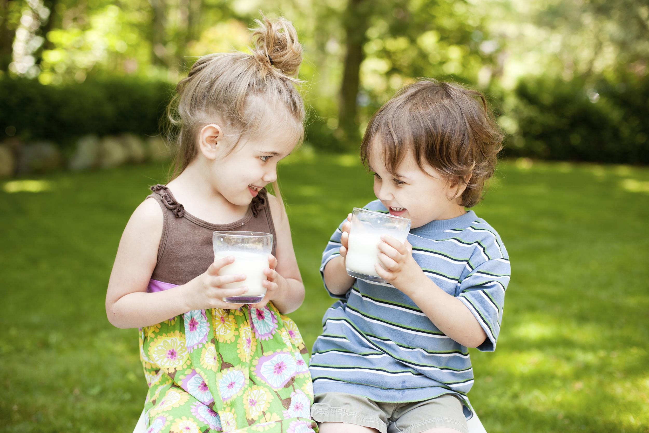 全脂牛奶、脱脂牛奶有啥区别?这种假牛奶谨慎购买  饮食文化